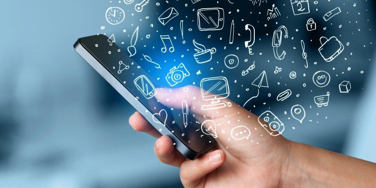 """""""Išmanieji"""" lietuviai reguliariai telefone naudojasi 7 programėlėmis"""