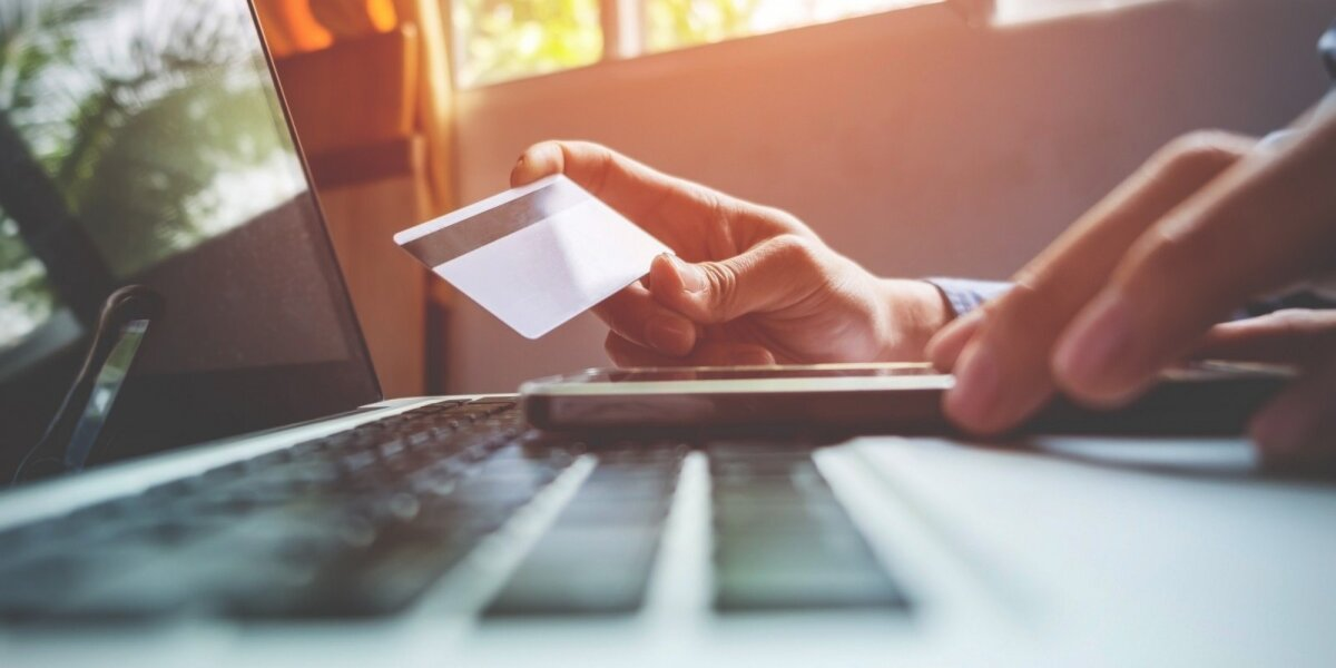 Prekes internetu pernai pirko pusė Lietuvos interneto vartotojų
