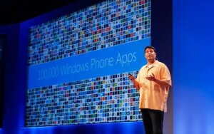 """Nokia"" pristatys ""Windows Phone 8"" telefonus iki ""iPhone 5"" anonso"