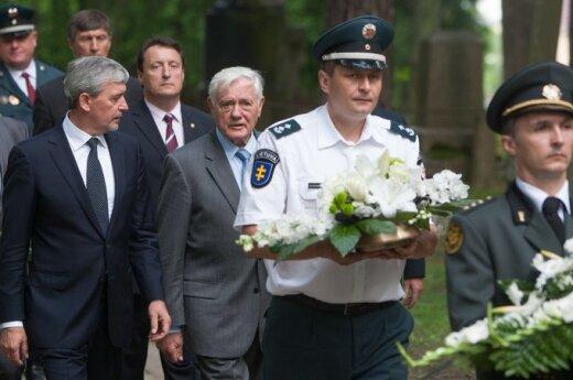Litwa złożyła hołd ofiarom w Miednikach