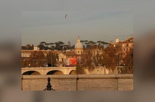 В Риме проходит 200-тысячная профсоюзная манифестация