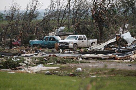 JAV praūžė  tornadas