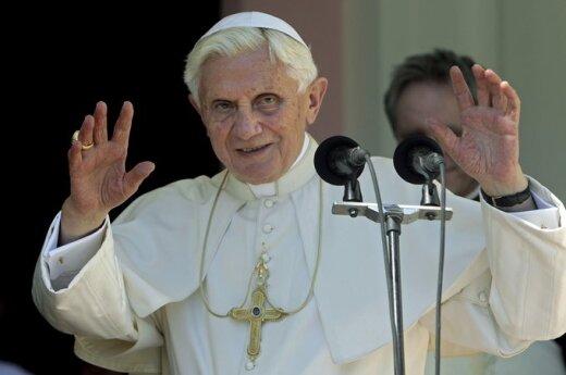 Papież spotkał się z Raulem Castro
