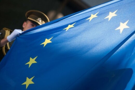 EU moves on with third-phase sanctions for Russia