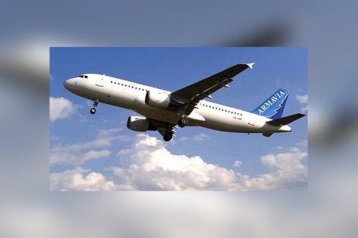"""Armėnijos oro linijų bendrovės """"Armavia"""" lėktuvas """"Airbus A320"""""""