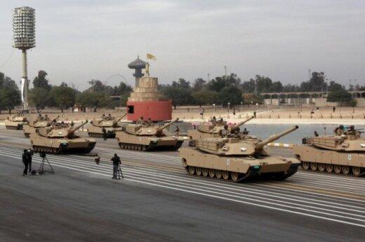 Amerykańska ciężka technika wojskowa wjeżdża na Litwę