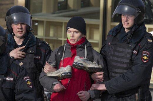 Правозащитники заявили о пытках задержанных на акции протеста в Москве
