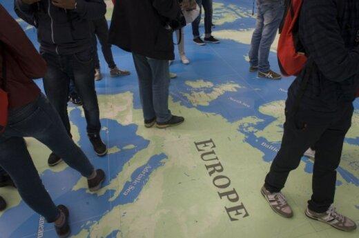 Dilemma of EU neighbourhood policy: Mediterranean vs. Eastern Partnership