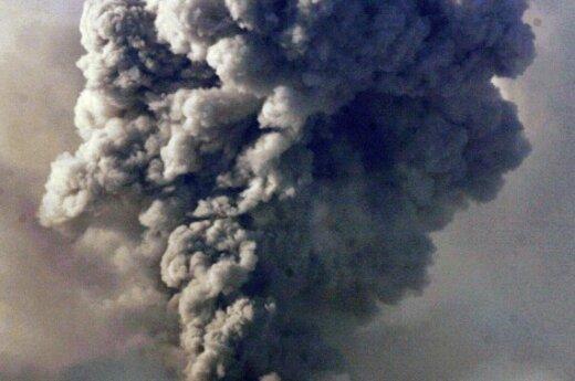 Tuo metu Filipinuose nerimsta Majono vulkanas.