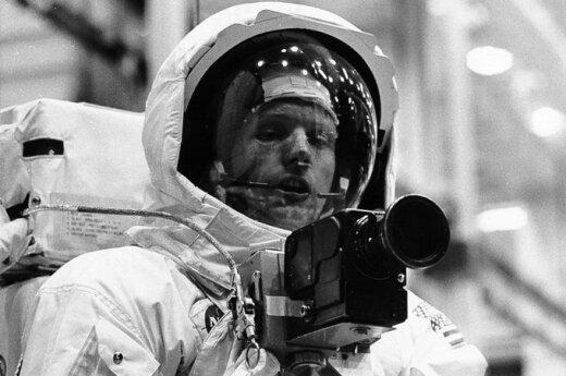 USA: Neil Armstrong nie żyje