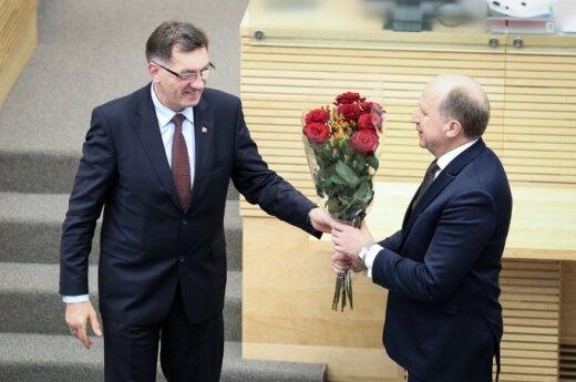 Парламент Литвы утвердил программу правительства
