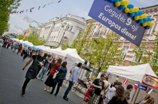 Bezgotówkowe Dni Europy w Wilnie. Rozliczenie się tylko kuponami