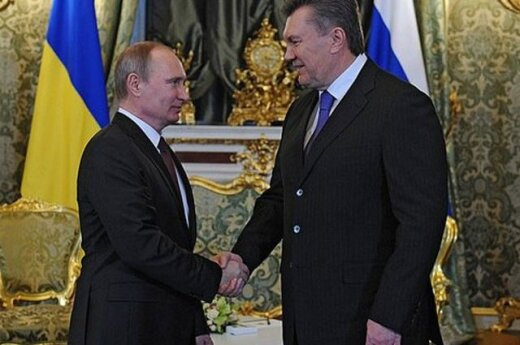 Янукович предложил Путину не вмешиваться в переговоры по цене на газ