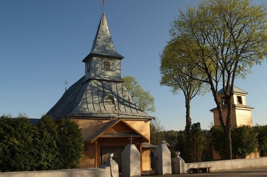 В Игналинском районе горит костел
