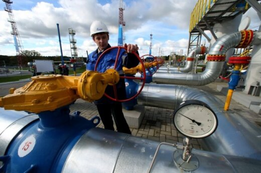 Russia reduces gas supply to Poland and Slovakia as EU imposes new sanctions
