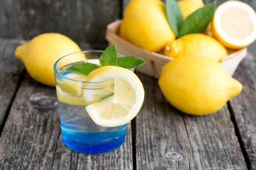 Три побочных эффекта воды с лимоном
