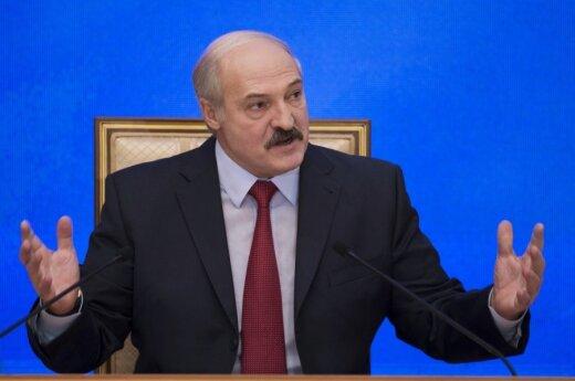 Лукашенко перед выборами не выступил ни по ТВ, ни по радио