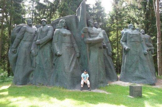 Samorząd rejonu trockiego zamierza przenieść pomnik ku czci żołnierzy radzieckich