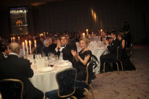 Charity ball in London raises GBP 20,000 for youth helpline in Lithuania