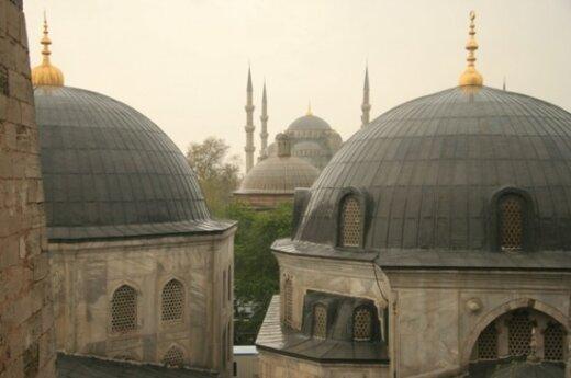 Турция ограничила полномочия военных трибуналов