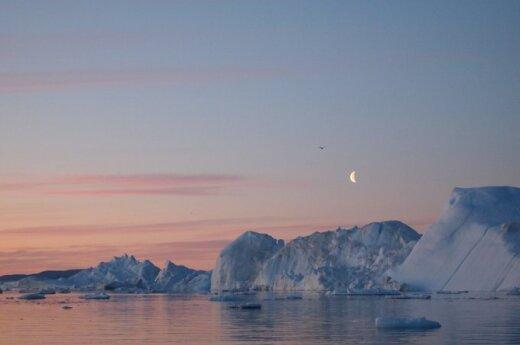 В гренландском леднике нашли залежи жидкой воды