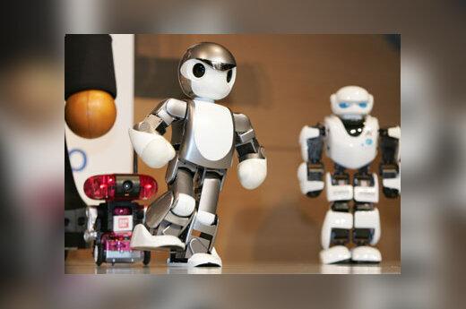 Robotai žaidžiantys futbolą, Tokijas