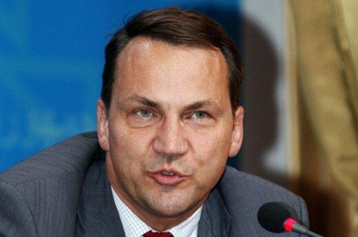 Sikorski: Polska jest gotowa do nowego otwarcia w stosunkach z Litwą