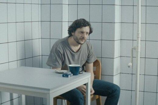 """SCANORAMA. DELFI apžvalgininkė – apie filmą """"Metabolizmas, arba temstant Bukarešte"""""""