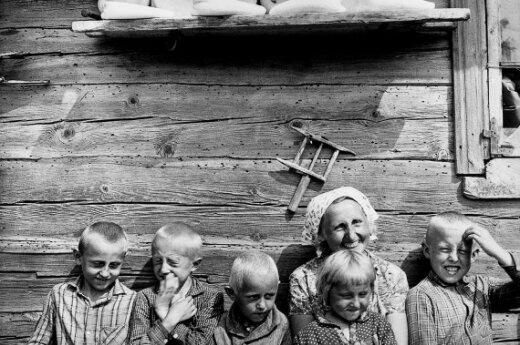 Lietuviška šeimyna, A.Sutkus (1969 m.)