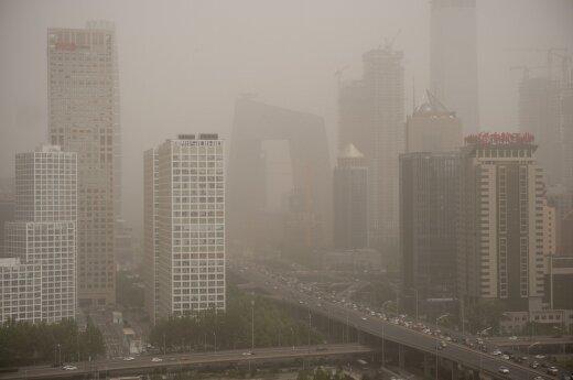 Пришедшая из Монголии пыльная буря накрыла Пекин