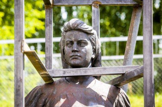 Sowieckie rzeźby z Zielonego mostu mogą zostać wykorzystane przeciwko Litwie