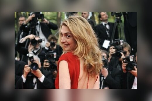 Любовница Олланда потребовала 50 000 евро с таблоида
