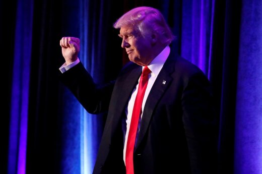 Maišto balsus susirinkęs D. Trumpas bus priverstas spręsti JAV politikos kryžkeles