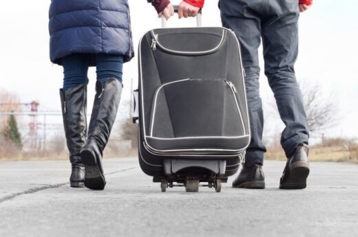 Nearly 4 percent of Lithuanians are getting ready to emigrate