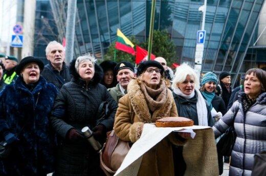 Referendumo organizatoriai triumfuoja: VRK persigalvojo