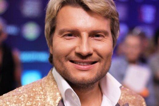 Басков показался в парике в новом клипе