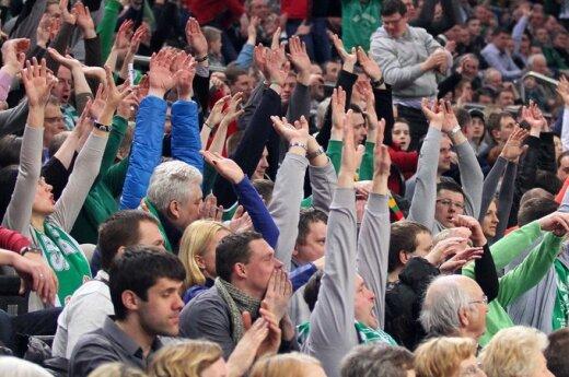 """Ilgametis krepšinio sirgalius: """"Žalgirio"""" fanų bėda – vienybės stoka"""