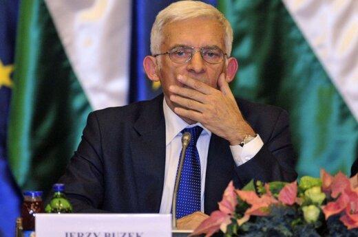 Buzek: Europa potrzebuje oszczędności i inwestycji we wzrost