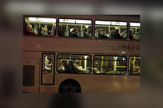 Autobusas, keleiviai