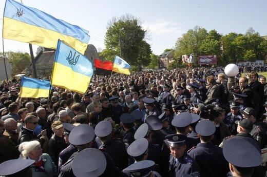 Maciążek: Niebezpieczna polaryzacja polityczna wokół kwestii ukraińskiej w Polsce