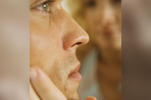 Vyras verkia