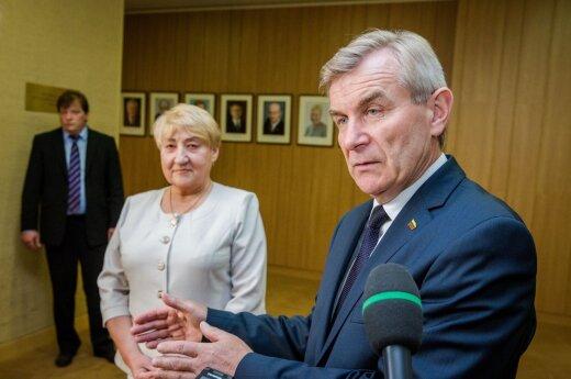 Asta Lapinskienė, Viktoras Pranckietis