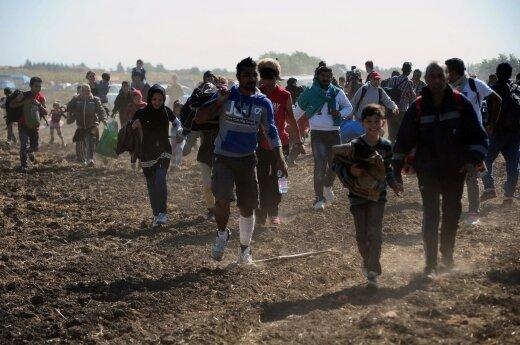 Pabandė ištirti lietuvių požiūrį į migrantus: rezultatais sunku patikėti