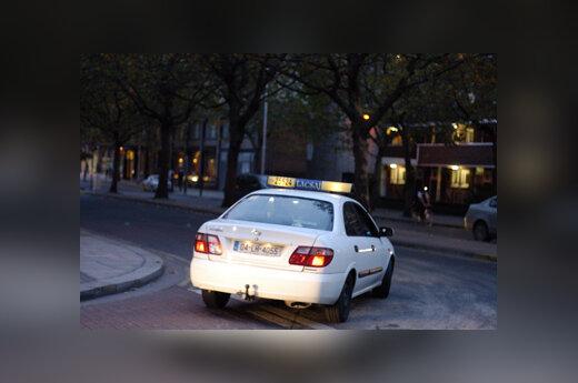 Automobilis, taksi