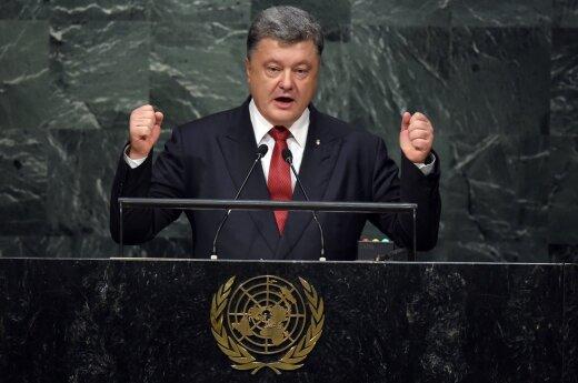 Ukrainos prezidentas reikalauja MH17 lainerio numušimo kaltininkų atsakomybės