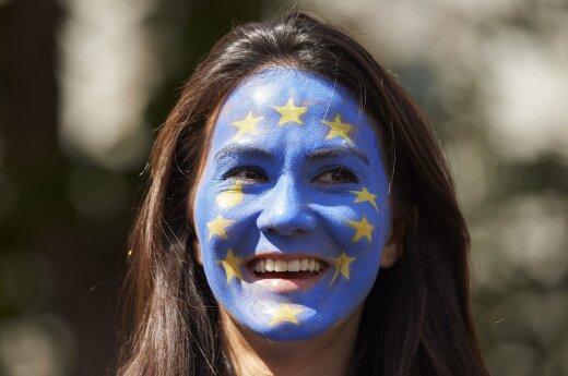 """D. Britanija sutinka su ES siūlomu """"Brexit"""" derybų tvarkaraščiu"""