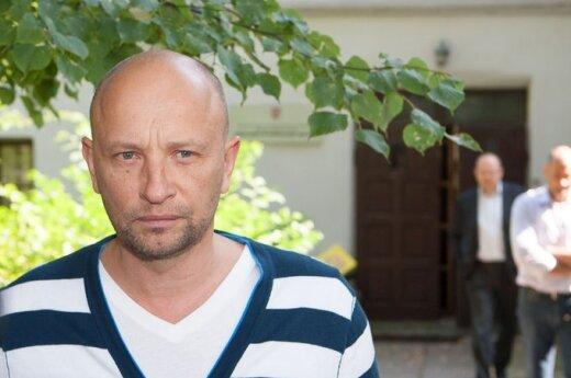 Каросас объявил, что отстраняется от управления Čili Holdings