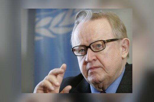 "М.Ахтисаари вручили Нобелевскую премию ""за Косово"""