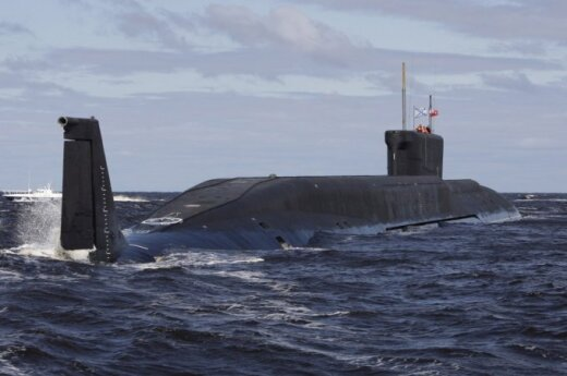 Russian submarine and corvette detected near Latvia's economic zone