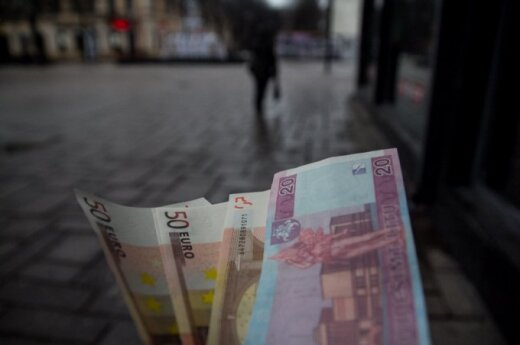 Fraudsters trying to exploit Lithuania's currency transition